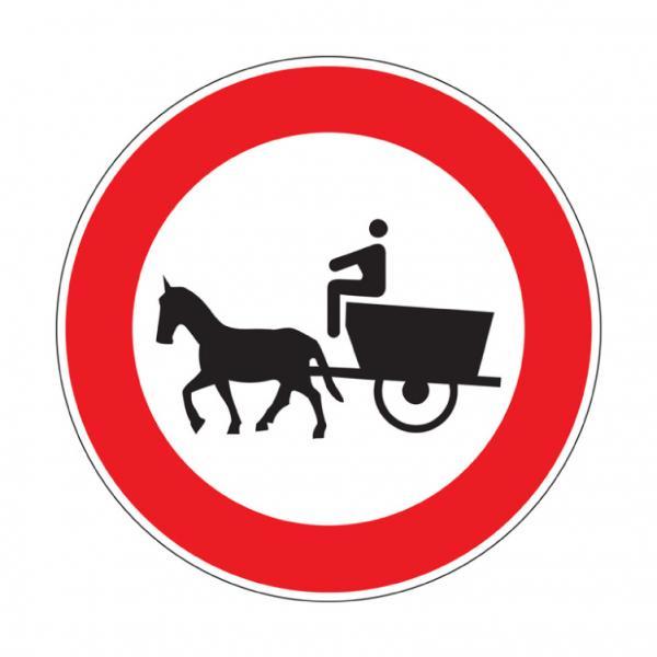 Transito vietato ai veicoli a trazione animale